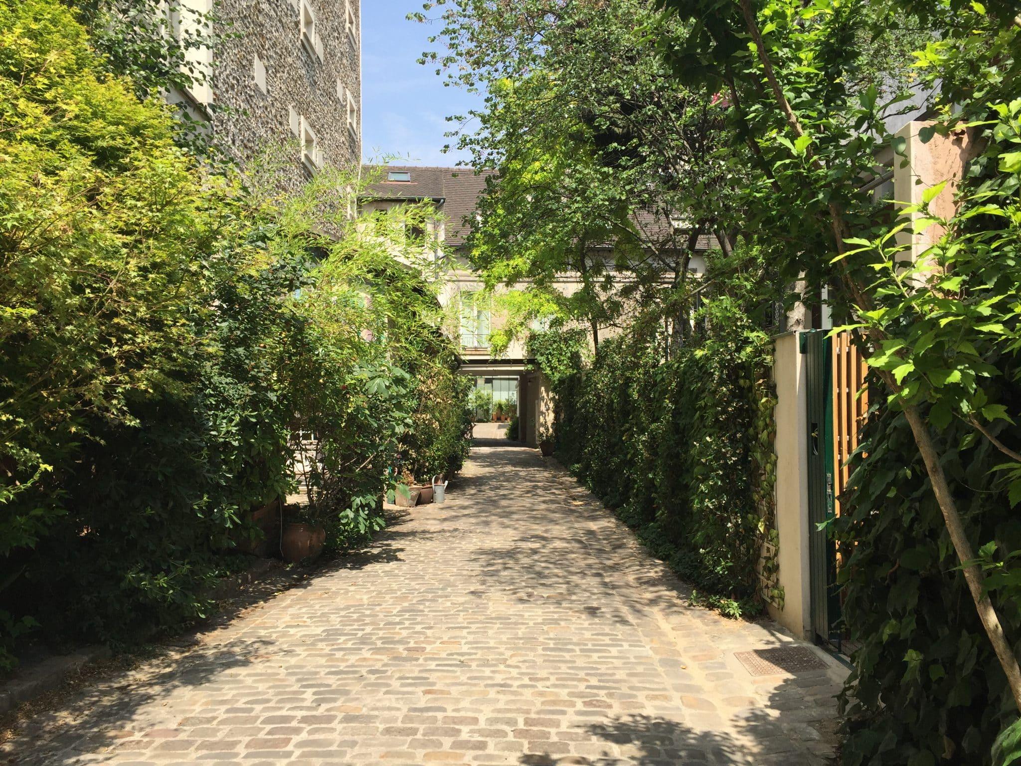 Cours et passages de la Bastille